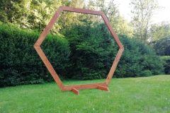hexagon-hnědý-2