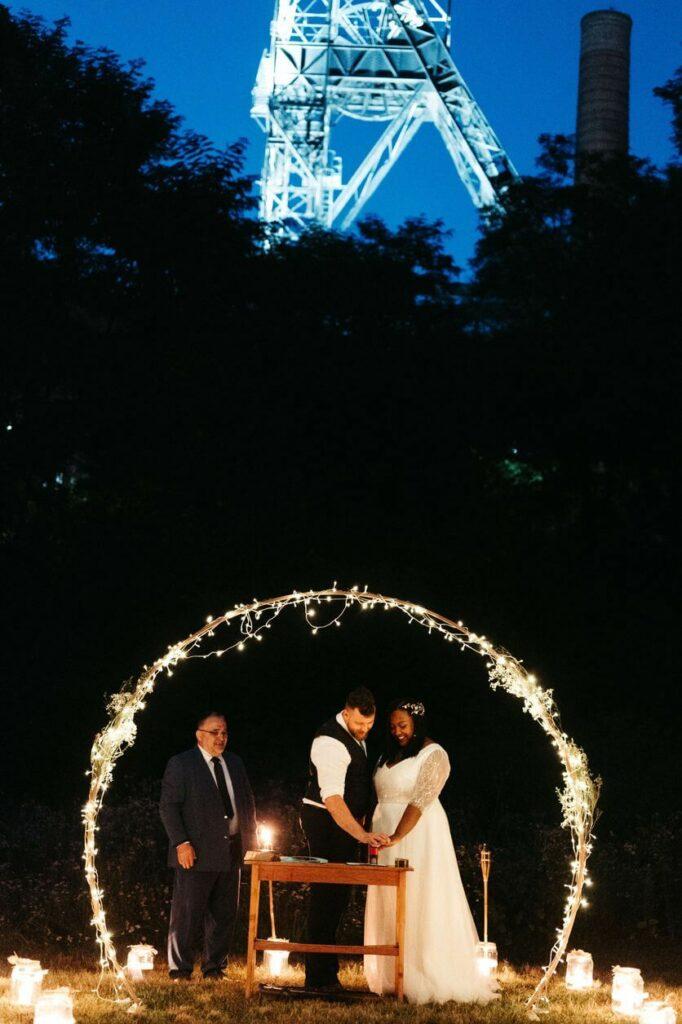 slavobrána na noční svatbu